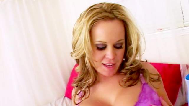 Spicy milf gives a blowjob in pov mode