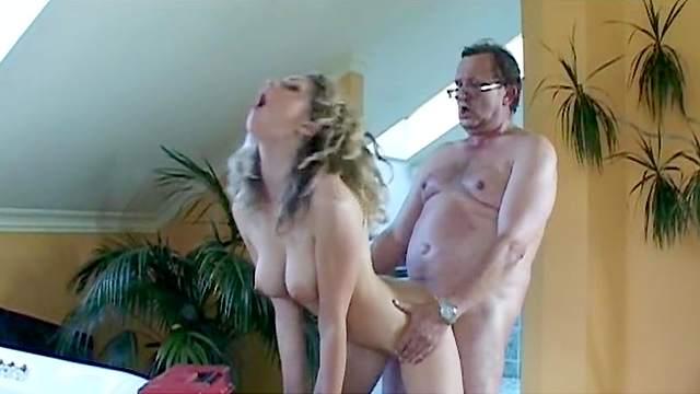 Nicole, Tim
