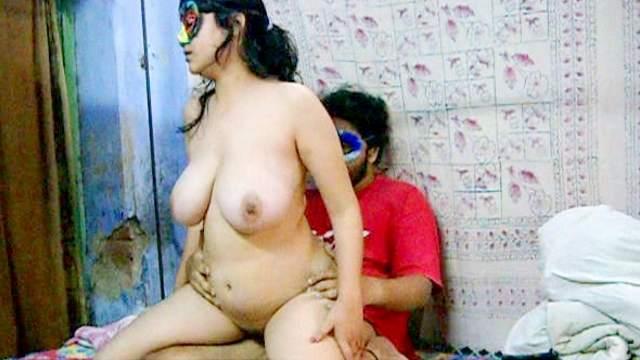Savita fuck with her fat Indian boyfriend
