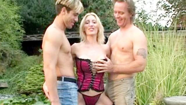 Two fuckers are drilling this slutty blonde
