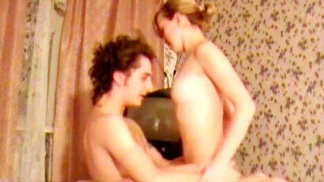 Kate fuck with her curly-haired boyfriend