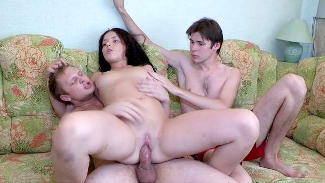 Inna fuck with two guys in the same time
