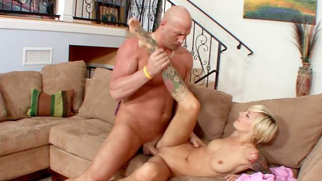 Christian XXX fucks with blonde Emma Mae