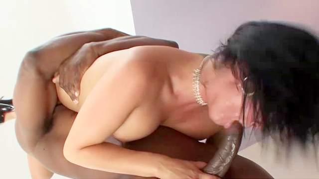 Tory Lane craves for savage anal sex