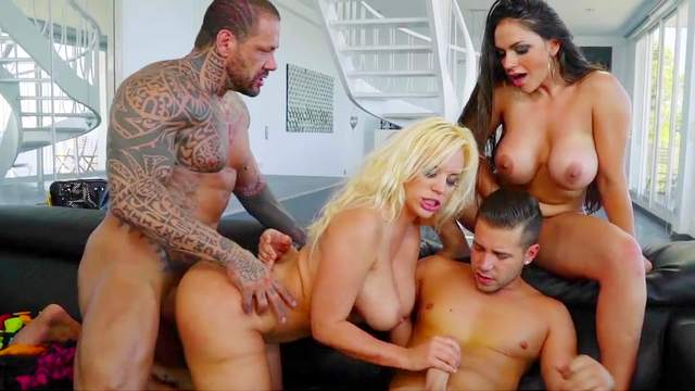Marta LaCroft, Blondie Fesser, Alberto Blanco