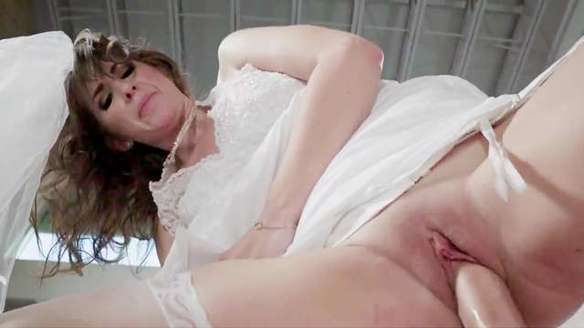 Karina White, Jessy Jones