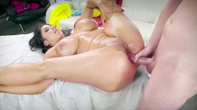 Raven Hart makes sure not to spill any jizz when swallowing