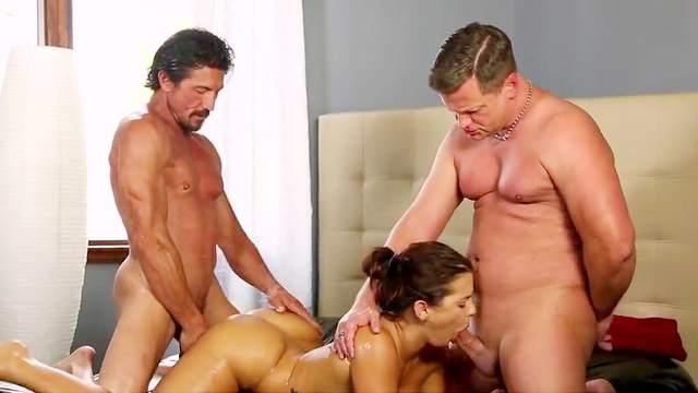 Tommy Gunn, Eric Masterson, Keisha Grey