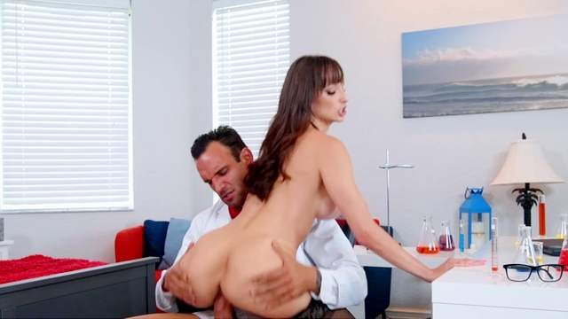Lexi Luna, Alex Legend