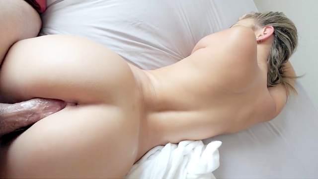 Athena Faris, Jay Rock