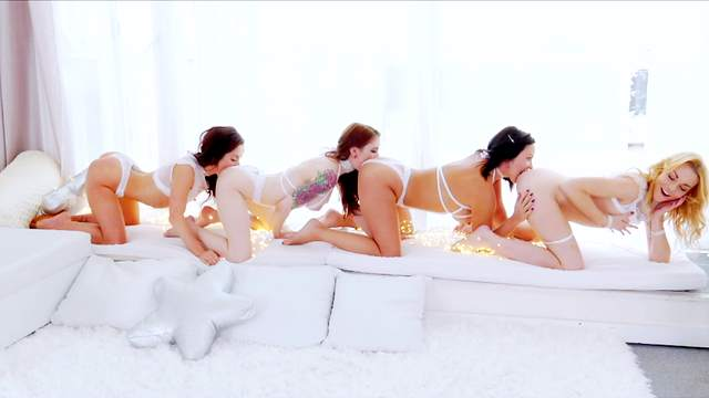Alysa, Sheena Shaw, Anna De Ville, Rebecca Black