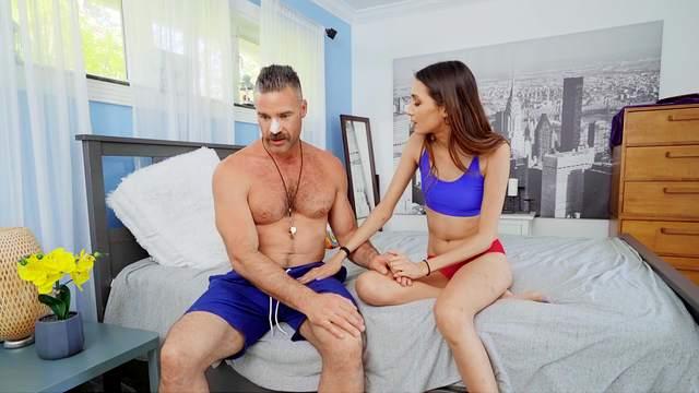 Charles Dera, Natalia Nix