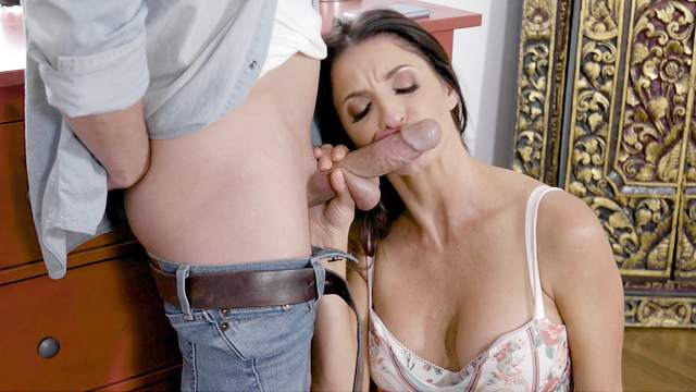 Crazy scenes of home porn with the busty step mom