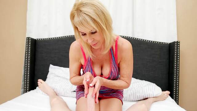 Nude busty mature gives the best handjob