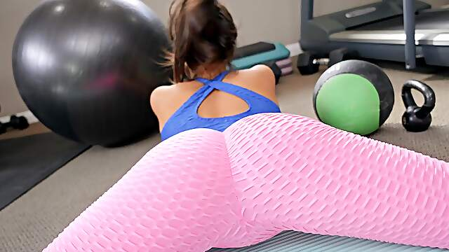 Morning workout makes busty wife wanna fuck a little